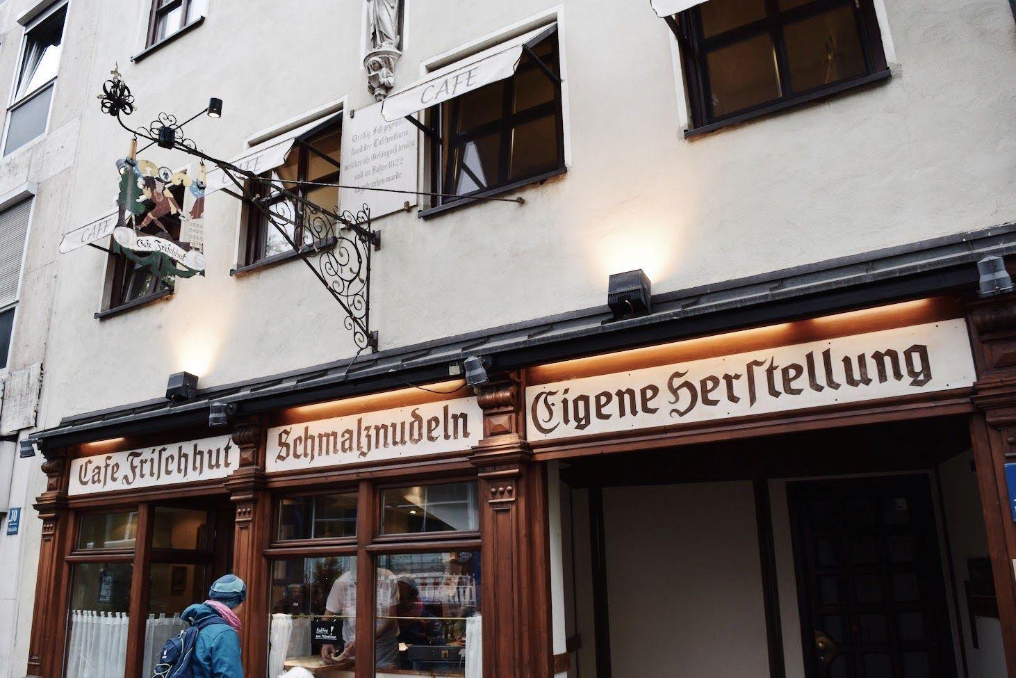 Cafe Frischhut Schmalznudel Entrance