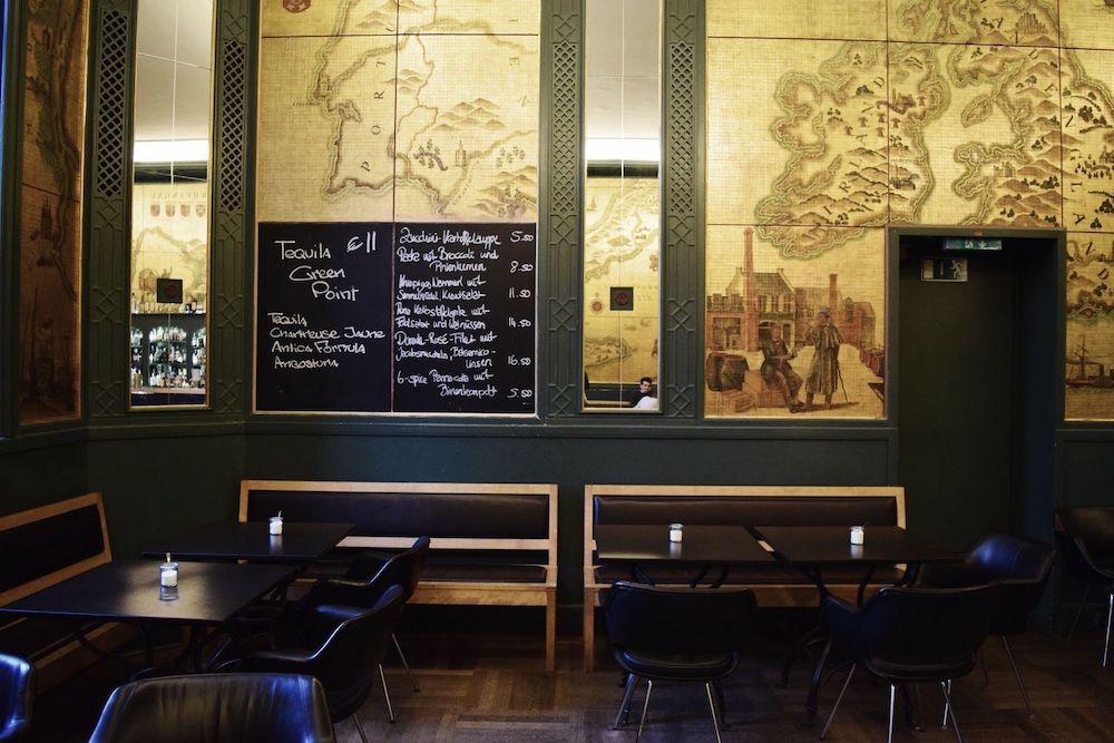 yummy bavarian comfort food at die goldene bar. Black Bedroom Furniture Sets. Home Design Ideas