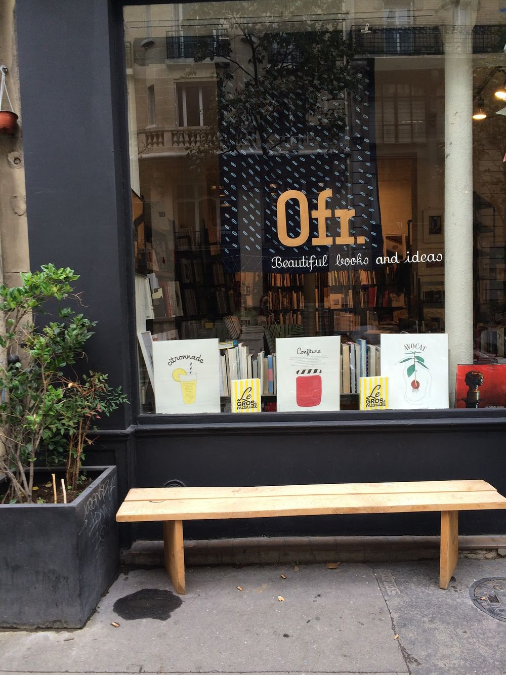 0fr Bookstore, Le Marais, Paris Guide
