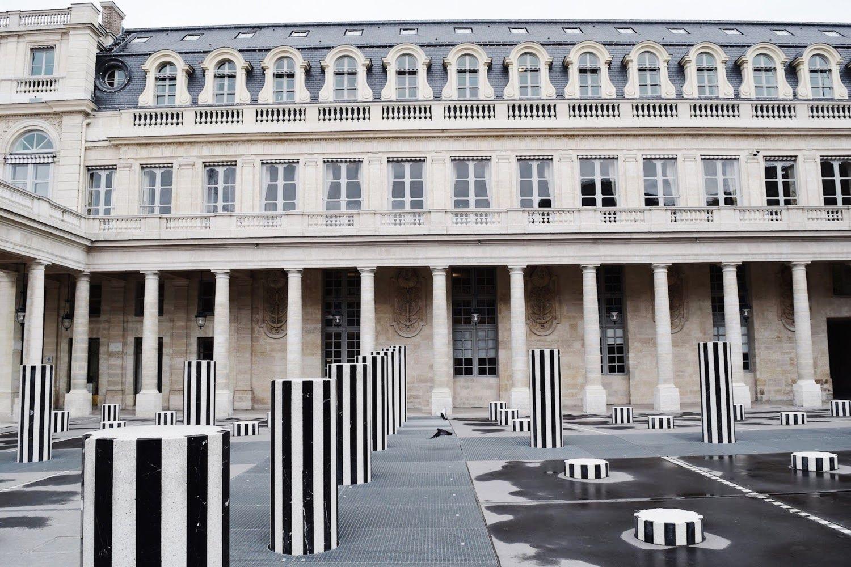 Colonnes de Buren, Les Deux Plateaux, Palais Royal, Paris Public Art
