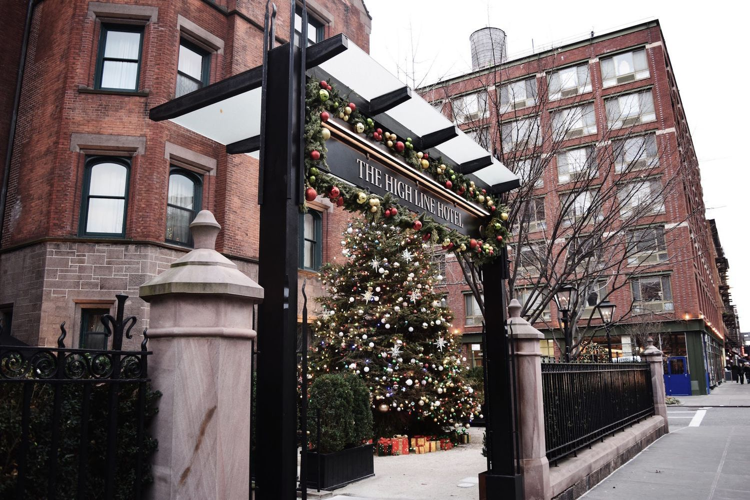 Highline Hotel Christmas Tree