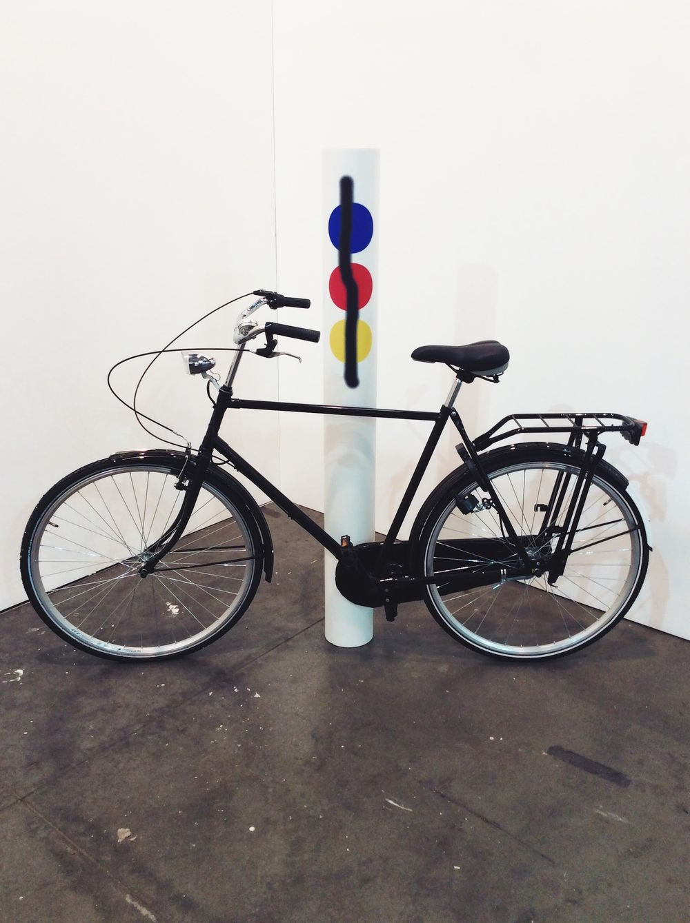 Mathieu Mercier, Untitled (Bike/primary aerosol), 2012