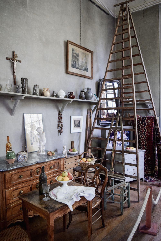 inside the studio of paul c zanne. Black Bedroom Furniture Sets. Home Design Ideas