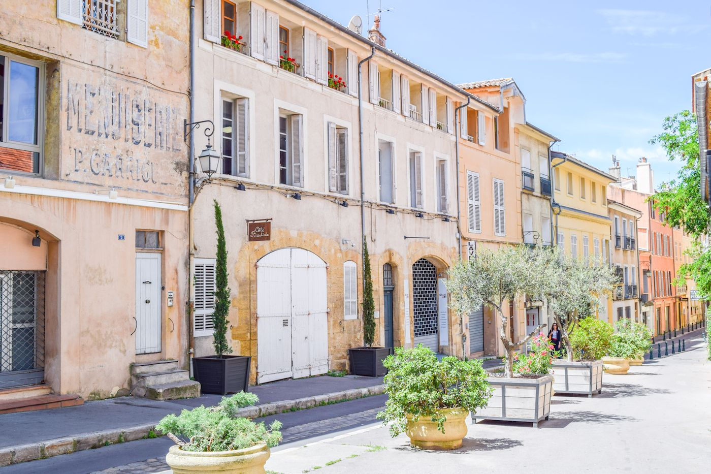 Places you MUST visit when in France – Rue Fernand Dol, Aix-en-Provence
