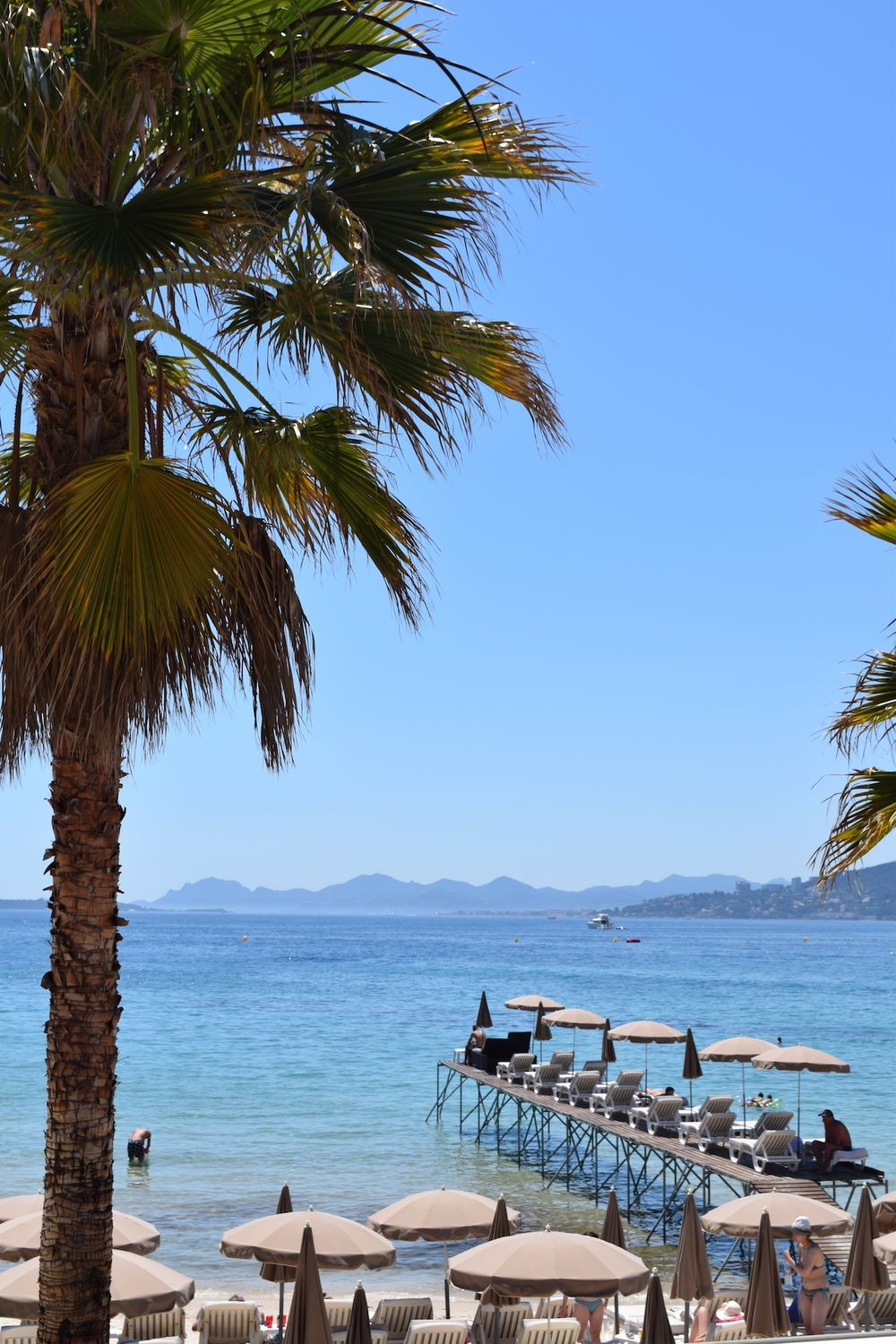 Walking the Gloriously Colored Coast of Juan-les-Pins
