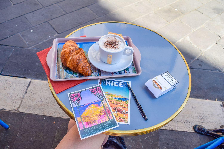 Nice Café