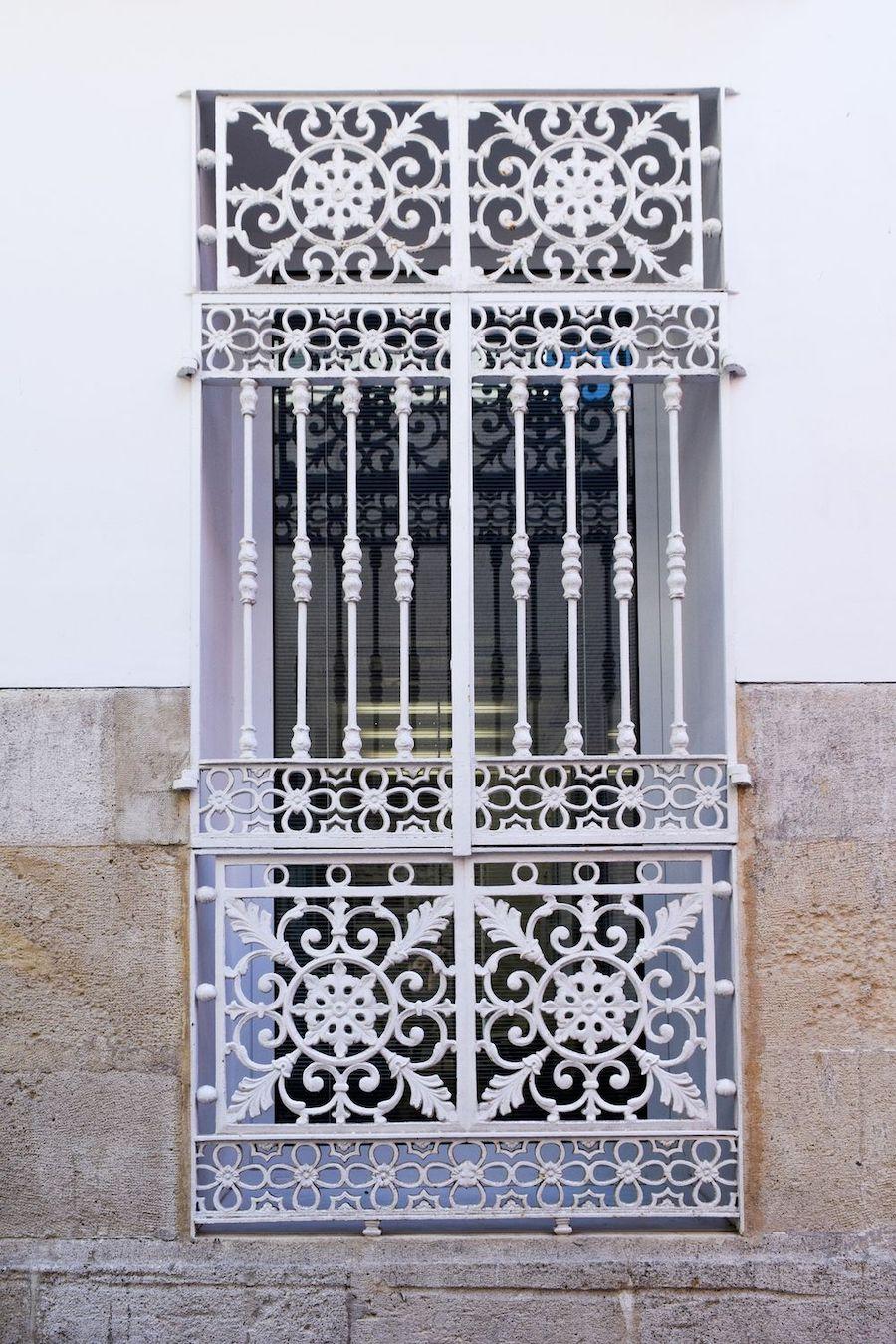 Alicante Door
