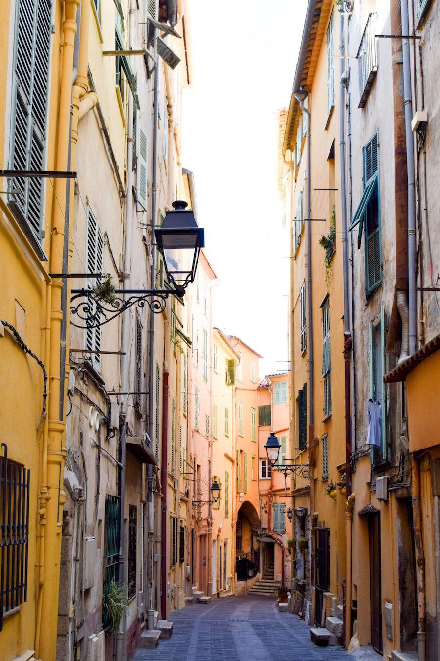 Rue Longue Menton, France