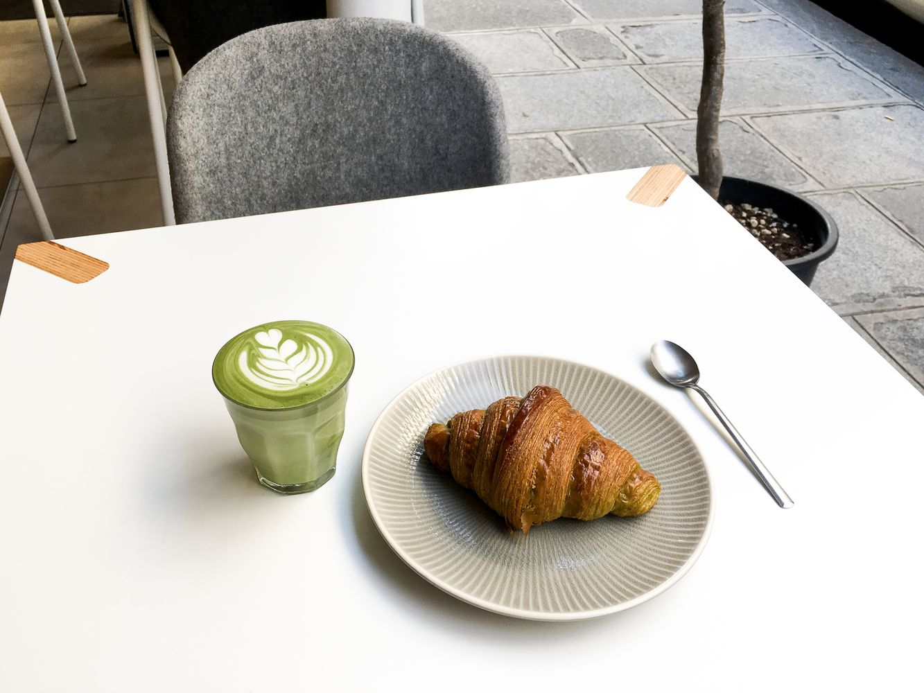 Matcha tea latte in Paris
