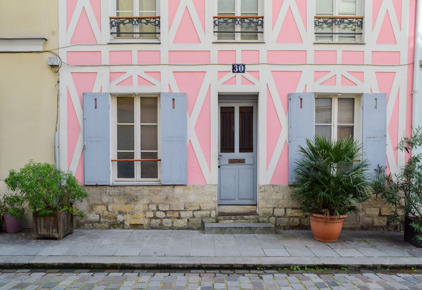 Pink and White House on Rue Cremieux in Paris