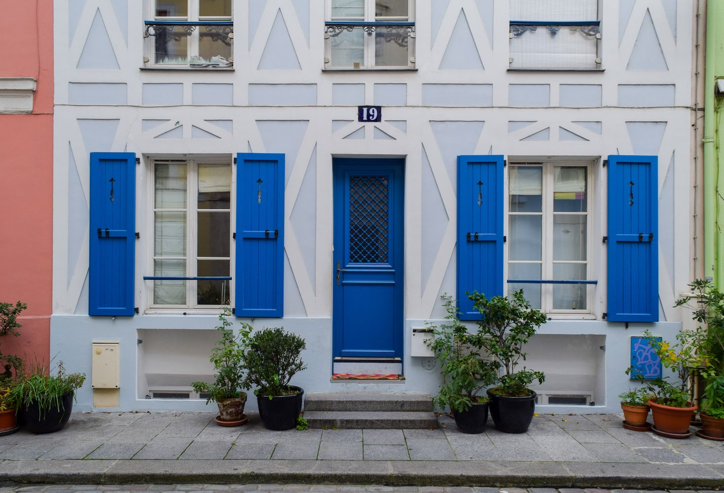 Blue House on Rue Cremieux, Paris