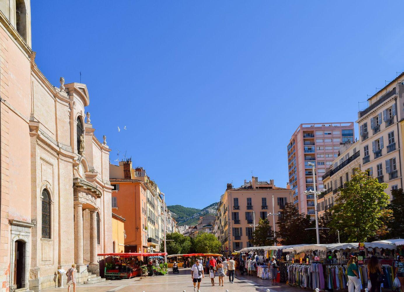 Cours Lafayette Market Toulon, Provence, France