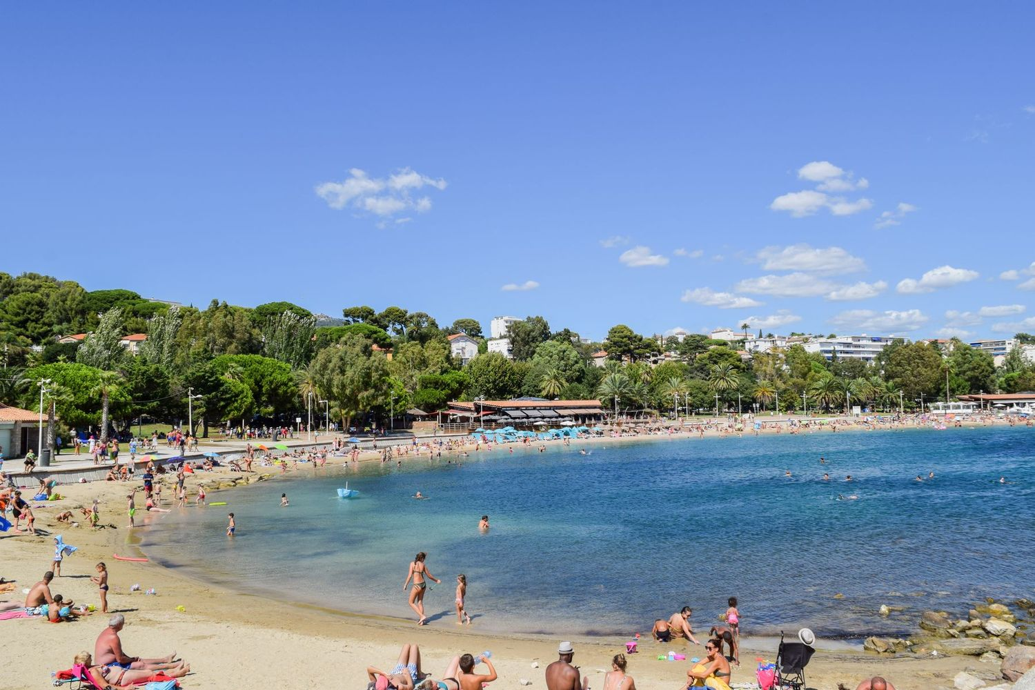 Plage de Mourillon Toulon, France Beaches