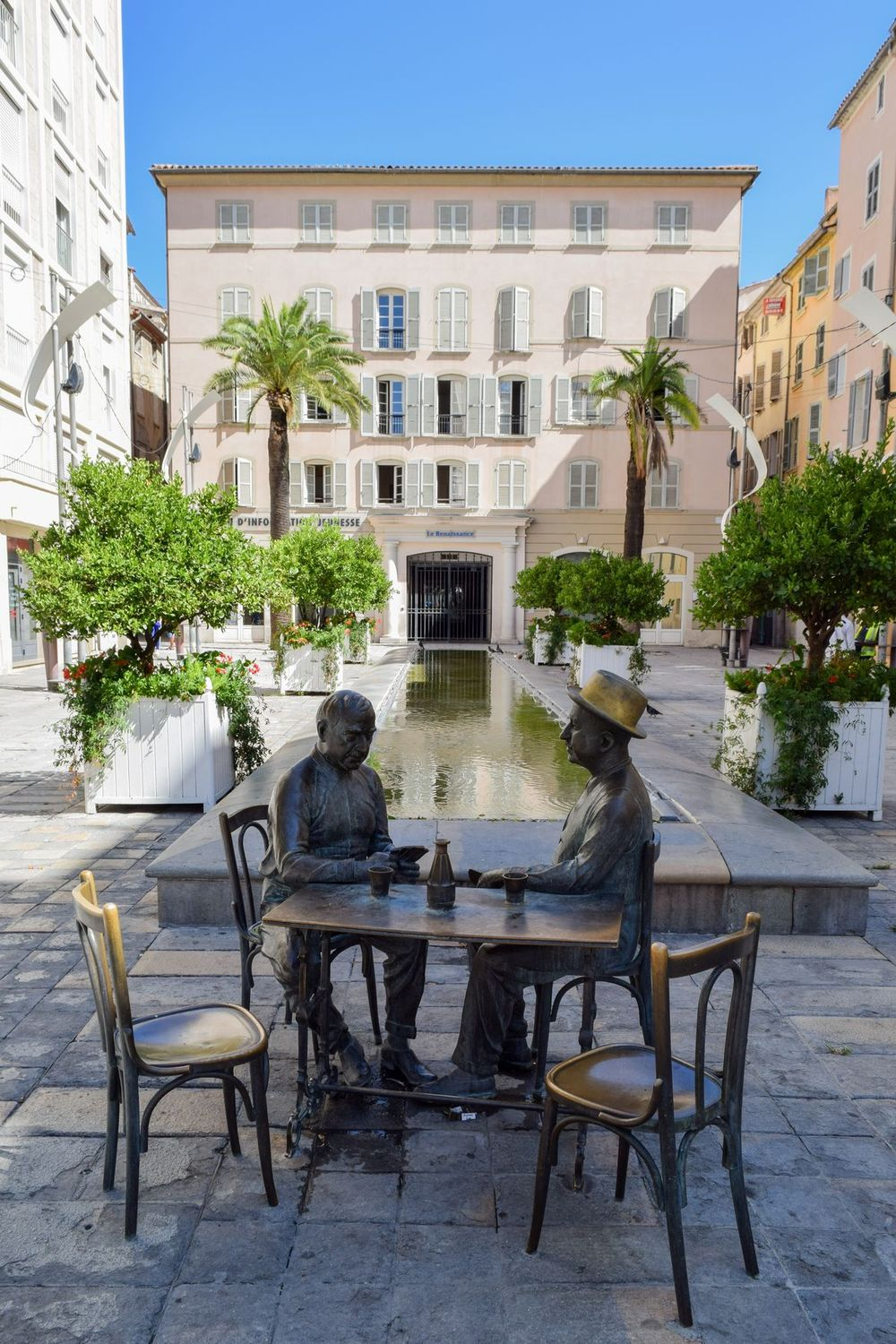 Statue of Men Playing Cards, Place Raimu Square, Toulon, France