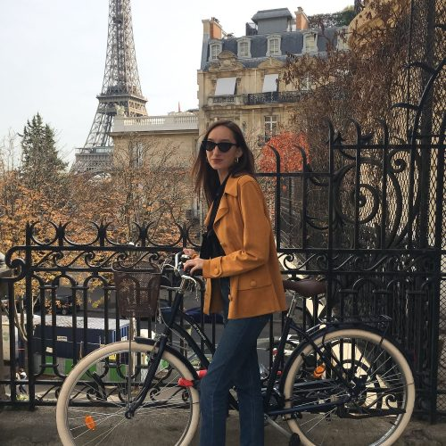 What to Wear in Paris in the Fall: A Paris Packing List for Fall