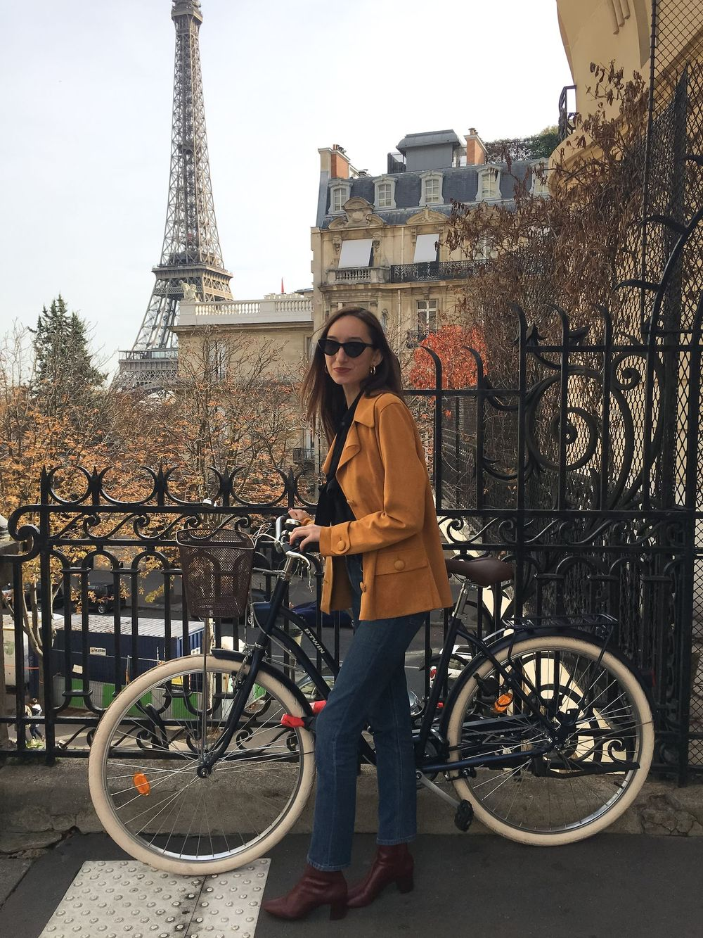 What to Wear in Paris During the Fall: Paris Packing List for Fall