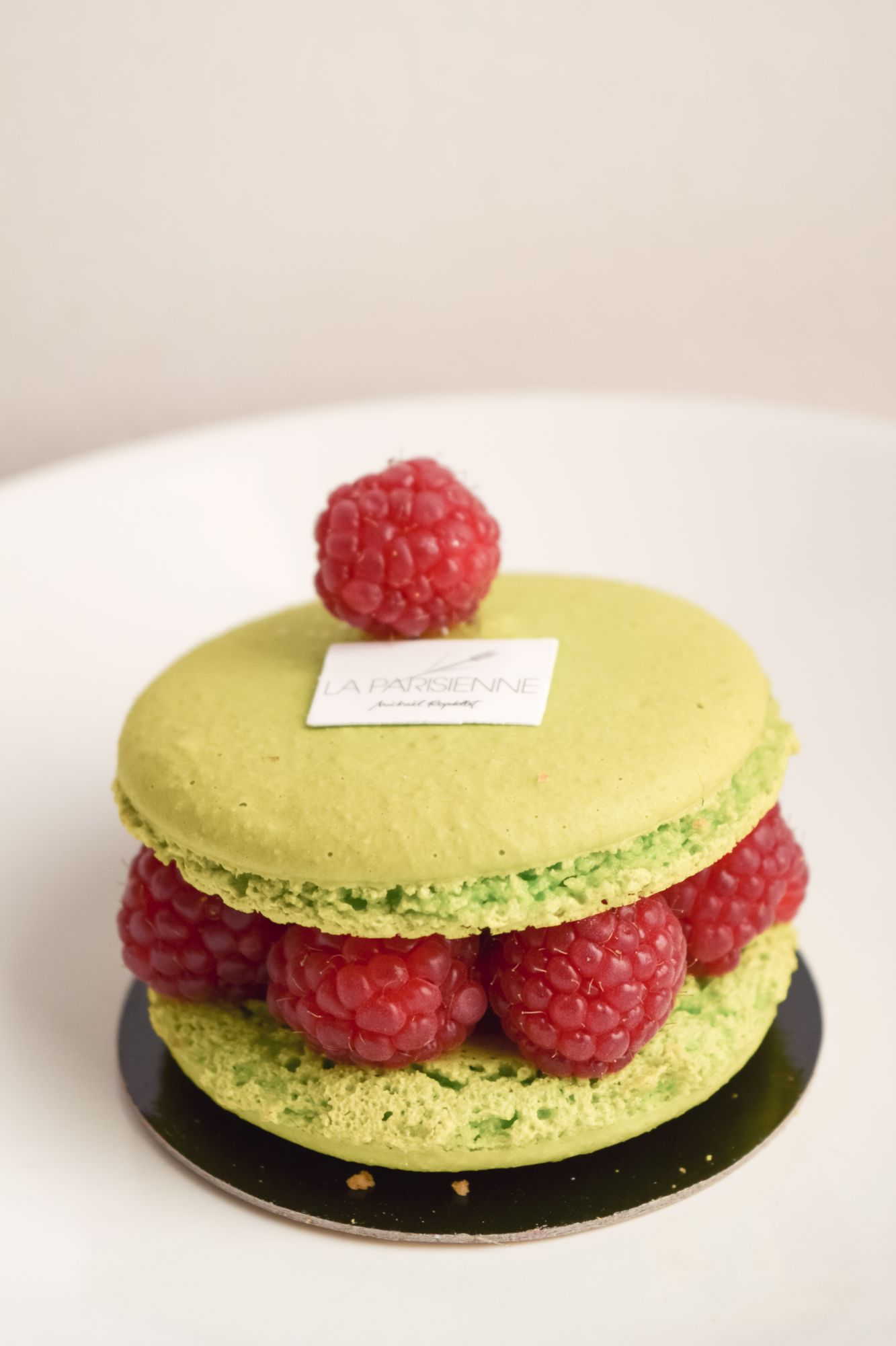 Macaronade – French Pastries to Try in Paris