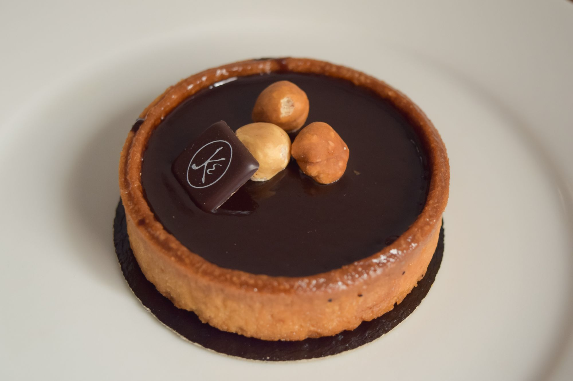 Tarte Chocolat Noisette Eric Kayser – French Pastries to Try in Paris