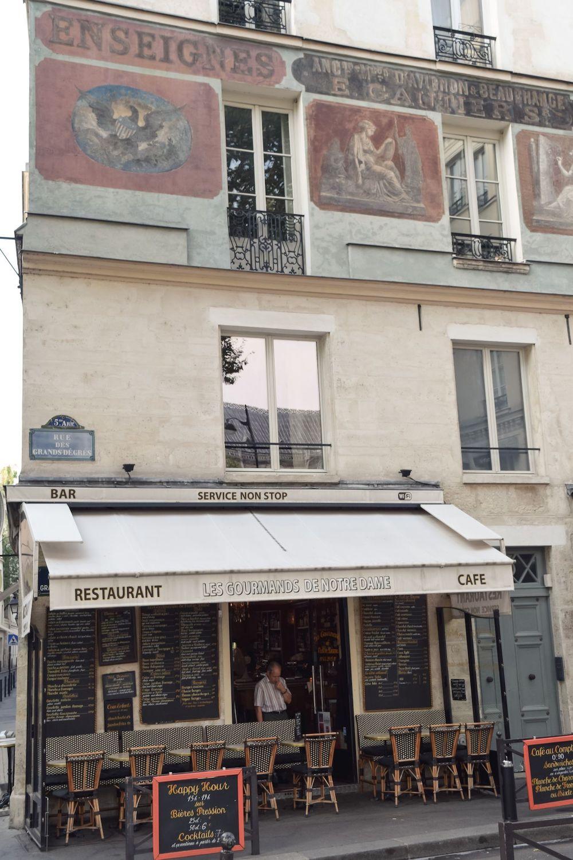 Les Gourmands de Notre Dame - Beautiful Building Façade in the Latin Quarter of Paris