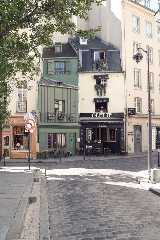 Odette Pastry Shop in Paris