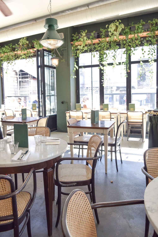 Brasserie Barbes Restaurant, Paris