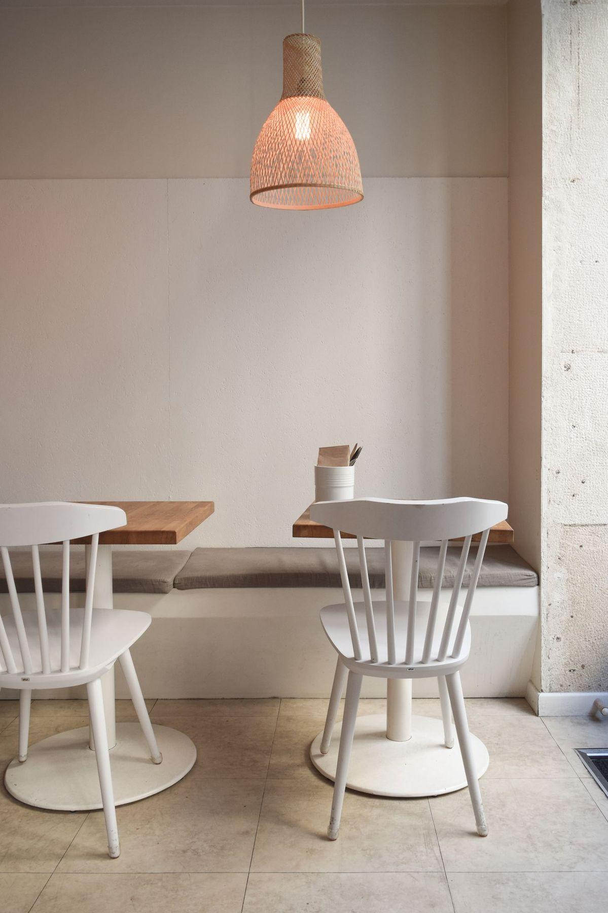 Café Méricourt, Paris, France