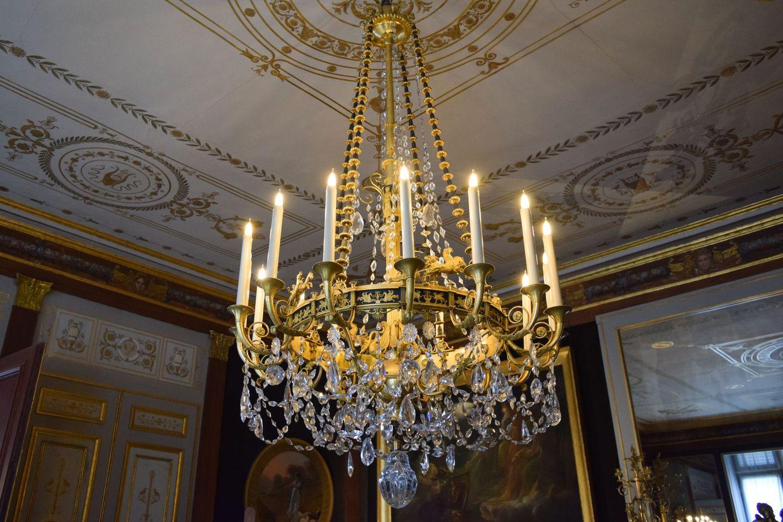 Château de Malmaison Chandelier