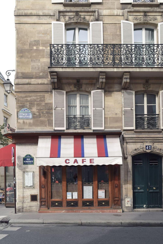 Le Bonaparte, Paris