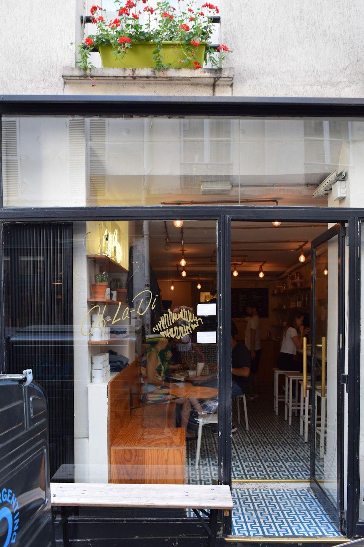 Ob La Di Café Storefront, Paris