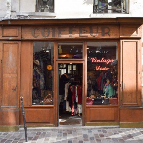 19 Best Vintage Clothing Shops in Paris