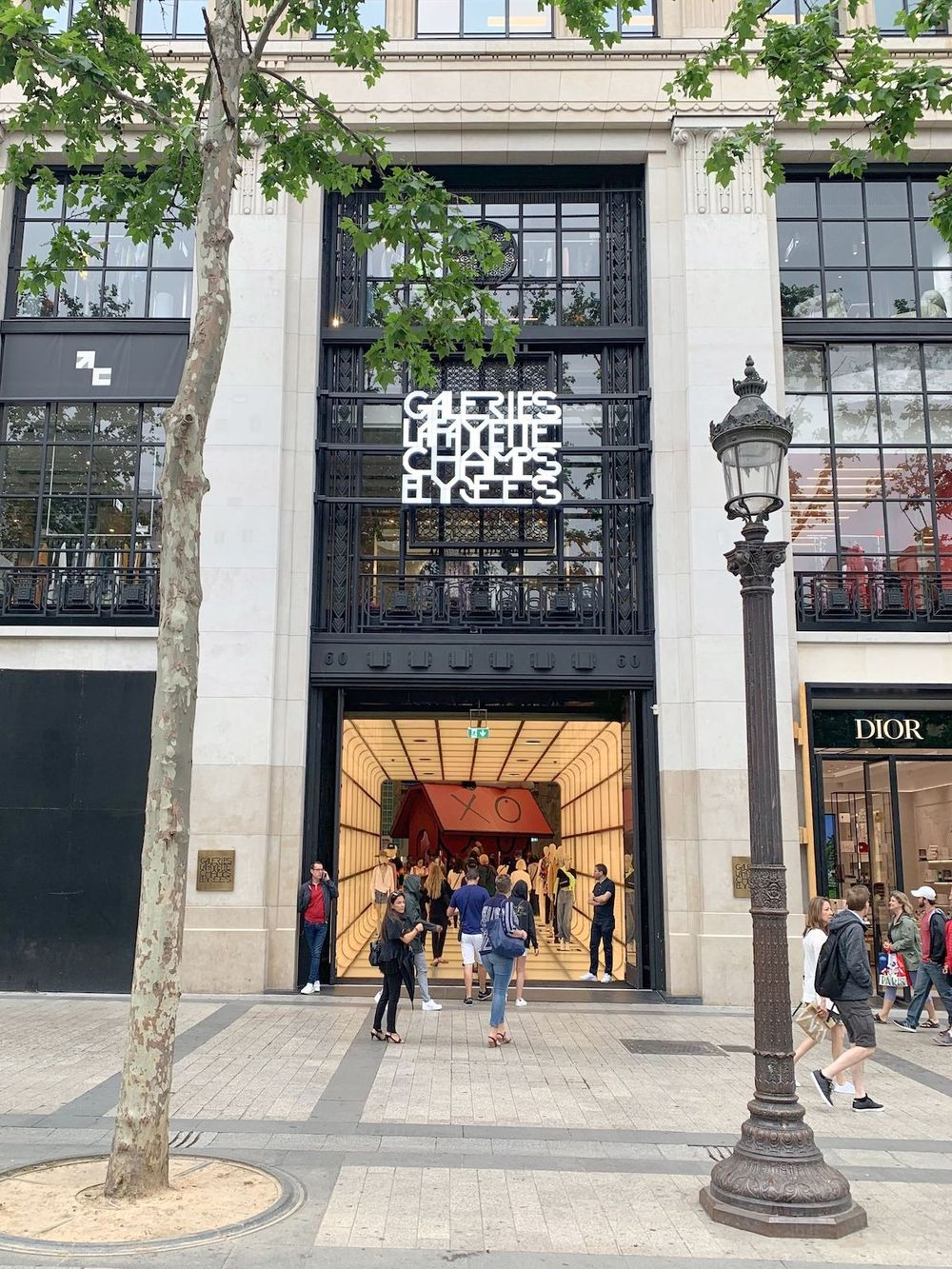 Galeries Lafayette Champs Elysées