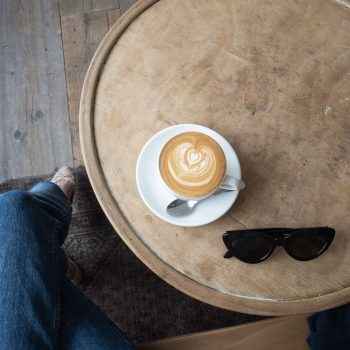 Dreamin Man' Café in the 11th arrondissement for specialty coffee and third wave coffee in Paris