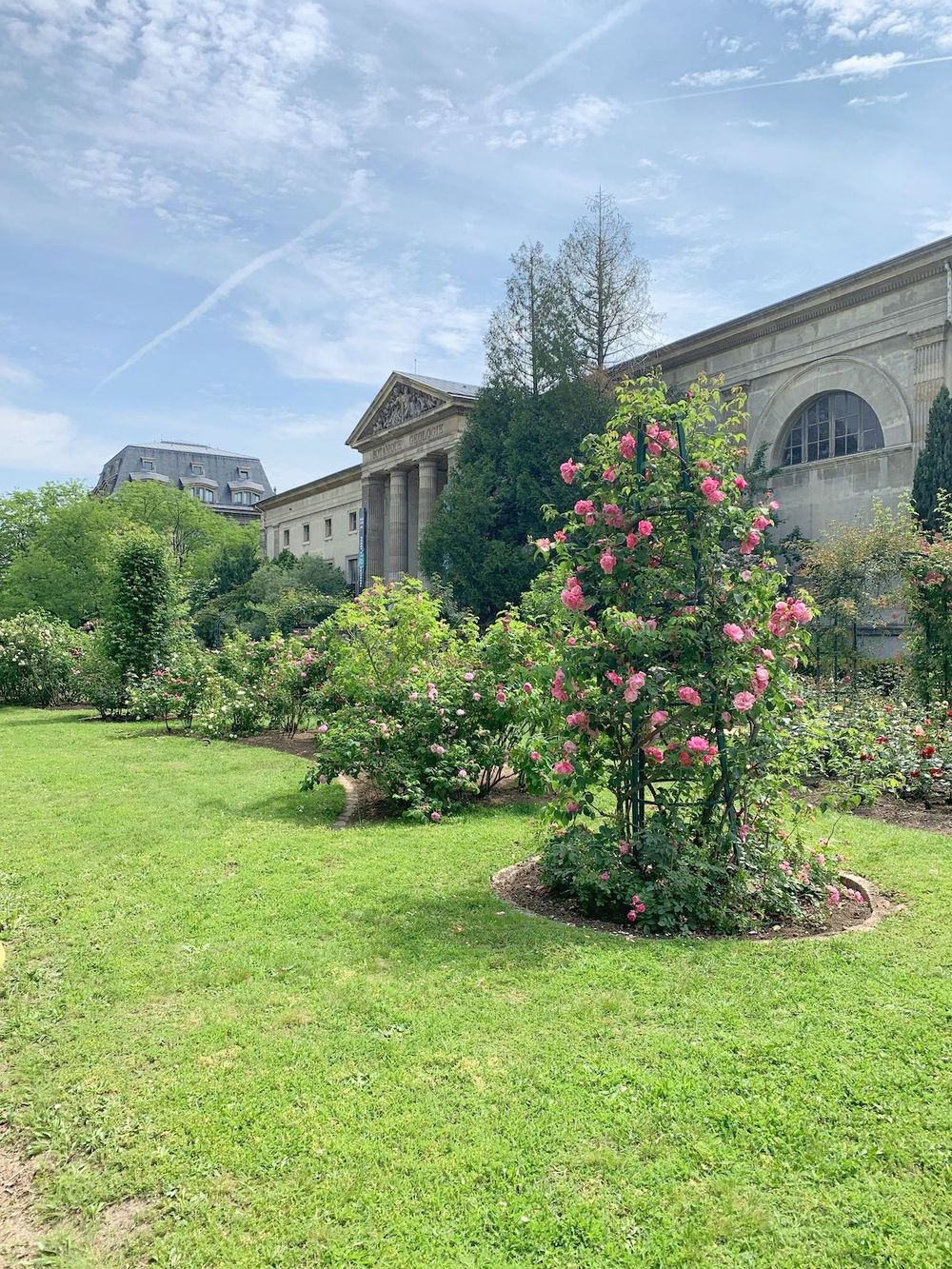Jardin Des Plantes, Paris France Botanical Garden